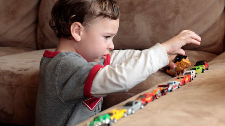 Аутизм у детей: причины, клинические проявления, лечение